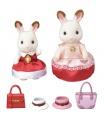 Sylvanian Families 6001 Město - chocolate 2 králičí kamarádky v elegantních šatech