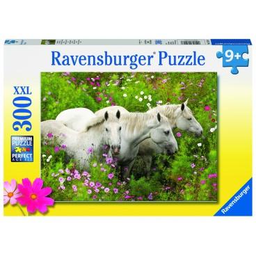 Ravensburger puzzle Koně na rozkvetlé louce 300 dílků