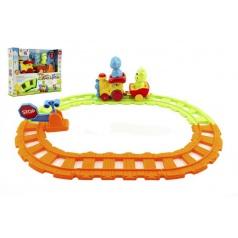 Vlak/Vláček s vagónky a zvířátky 30cm plast na baterie se světlem a zvukem v krabici 24m+