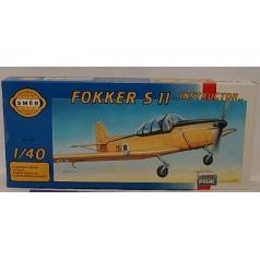"""Směr modely plastové FOKKER S 11 """"Instruktor""""  1:40"""