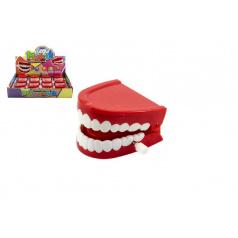 Zuby na natažení plast 6cm